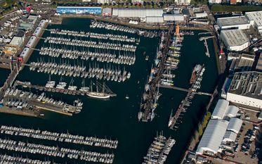 Assistez au départ du Vendée Globe en bateau !