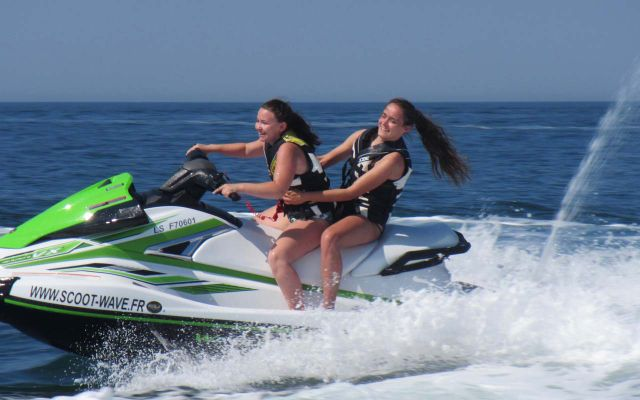 Good deal  - Scoot Wave racing