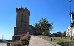 Arundel Tower & Château Saint-Clair