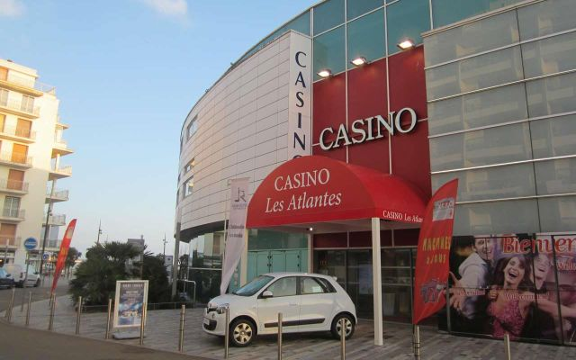 Les Atlantes - Casino