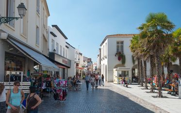 The town centre and pedestrian streets
