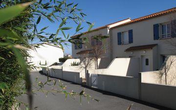Maison M. Tesson - Ouest Loisirs 01