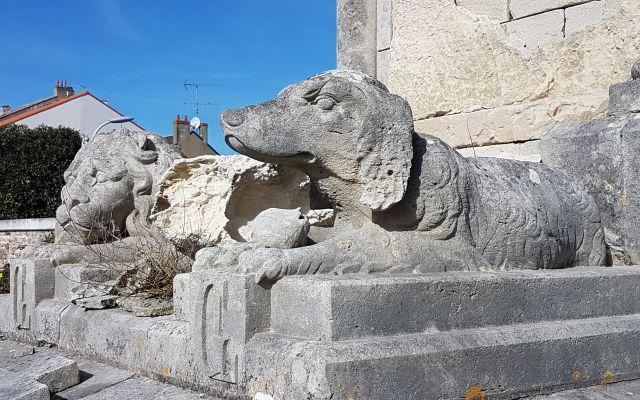Patrimoine funéraire sablais : le vieux cimetière Arago