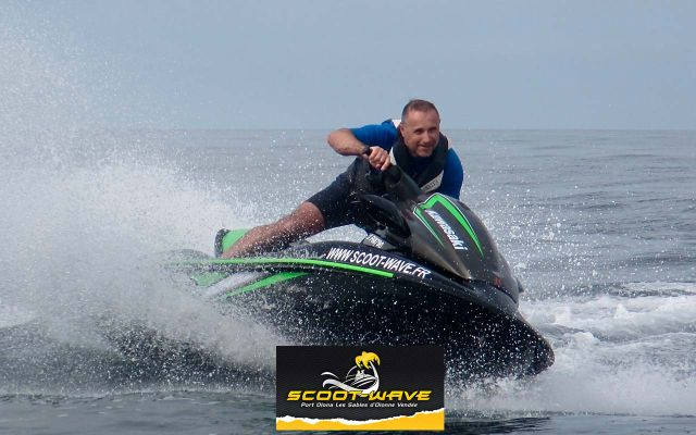 Sea scooters - Scoot Wave Racing