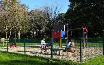 Playground - Le Pas du Bois