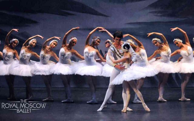 Le Lac des Cygnes - Ballet Royal de Moscou