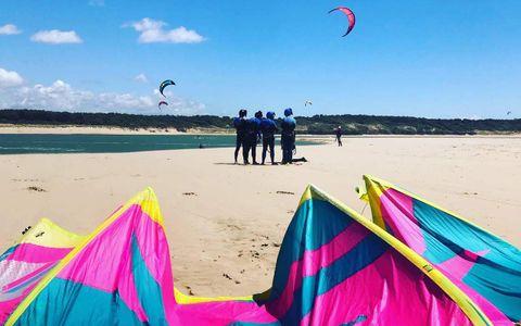 Offrez un vol en kitesurf avec Ocean Player's