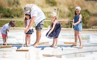 Les Salines en bateau - Parc d'aventure du Sel aux Sables d'Olonne - Les Salines en bateau - Parc d'aventure du Sel aux Sables d'Olonne