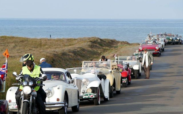 Parade of vintage vehicles