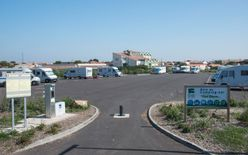 Motor-Home Facilities Port Olona