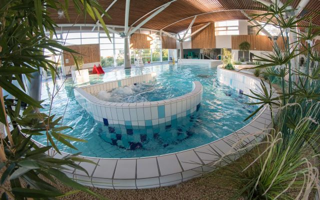 Hallenschwimmbad Aqualonne